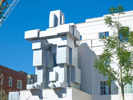 Antony Gormley creates hotel room inside giant man sculpture