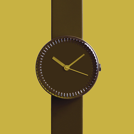 Bottle watch in brown