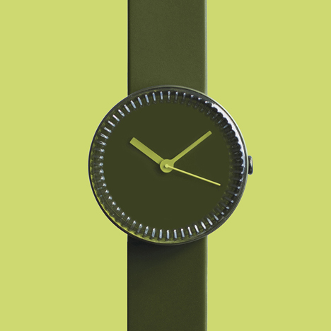 Bottle watch in green