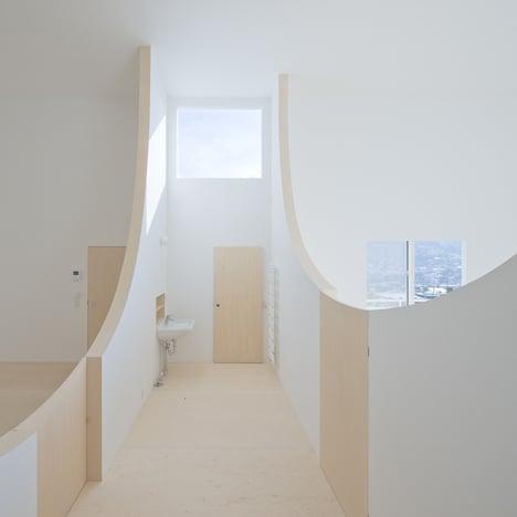 Brothers-House-by-Hiroshi-Kuno