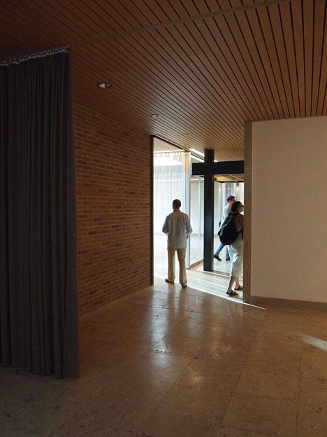 Bungalow-Germania-Venice-Biennale-by-Alex-Lehnerer-and-Savva-Ciriacidis