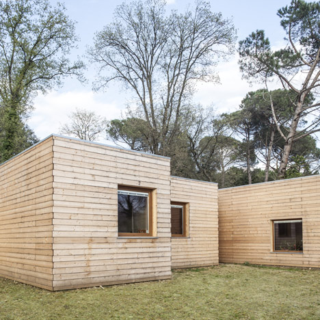Casa GG by Alventosa Morell Arquitectes comprises six wooden boxes