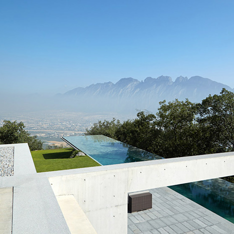 Casa Monterrey by Tadao Ando with cantilevered pool