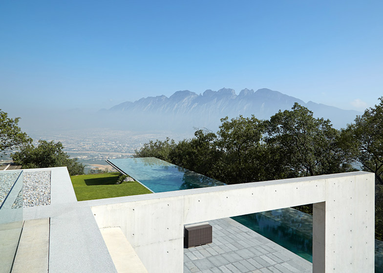 Tadao Ando's Casa Monterrey