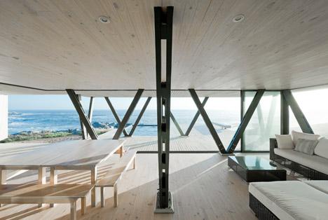 Casa Rambla by LAND Arquitectos