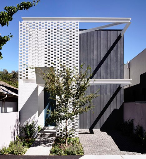 Fairbairn House in Melbourne by Inglis Architects