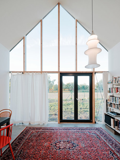 Family house in Slovakia by JRKVC