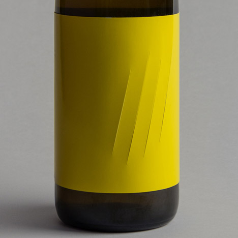 Feroz wine label by Franziska Studio