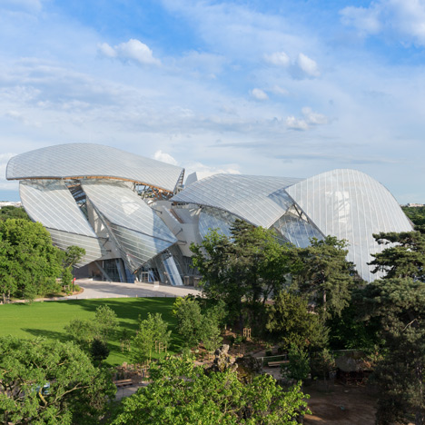 Frank Gehry's Fondation Louis Vuitton<br /> gets set to open in Paris