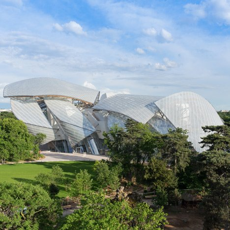 Frank-Gehry-Louis-Vuitton_dezeen_sq