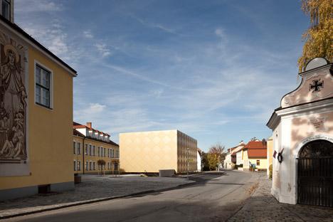 Goldstuck-Musikverein-by-Franz-Architekten