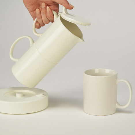 Anna Czaniecka shapes kettle like mugs to save water when making tea