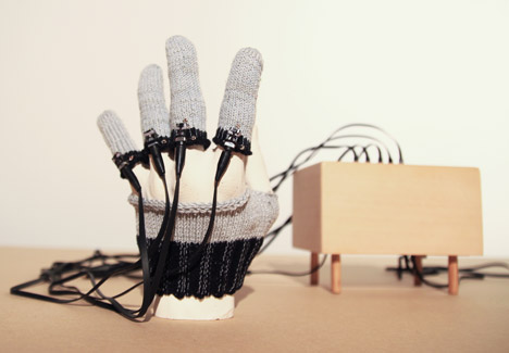 Knit Sensors by Yen Chen Chang
