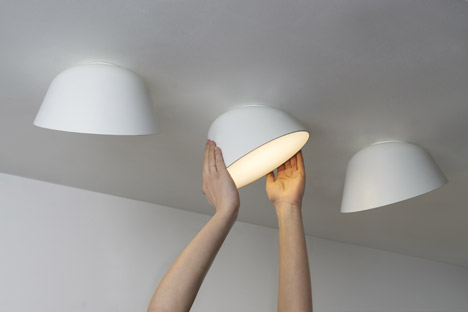 Samuel Wilkinson's Thirty lamp rotates at a constant angle:LED Lamp by Samuel Wilkinson for Zero,Lighting