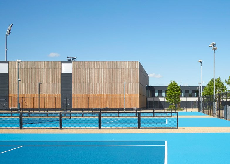 Stanton Williams converts Olympic training venue into hockey and tennis centre
