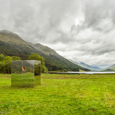 Mirrored cabin installed in Scottish glen<br /> by Angus Ritchie and Daniel Tyler