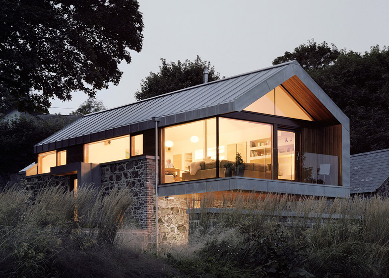 6 Of Loughloughan Barn By McGarry Moon Architects Ltd