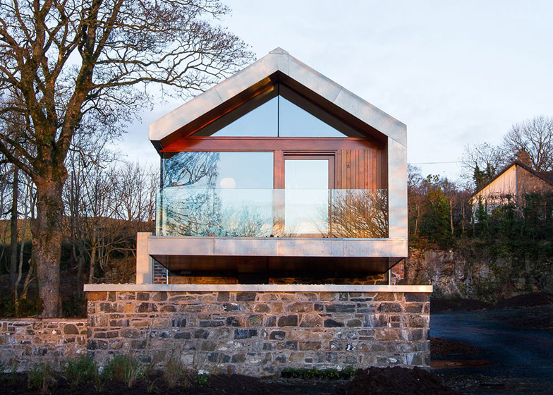 Loughloughan Barn by McGarry Moon Architects Ltd