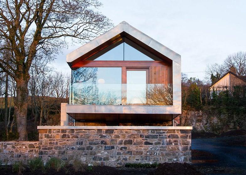 Loughloughan Barn by McGarry Moon Architects Ltd
