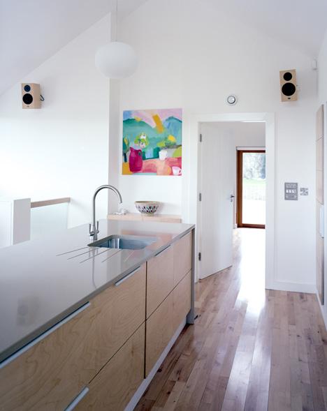 Loughloughan Barn by McGarry Moon Architects Ltd_dezeen_8