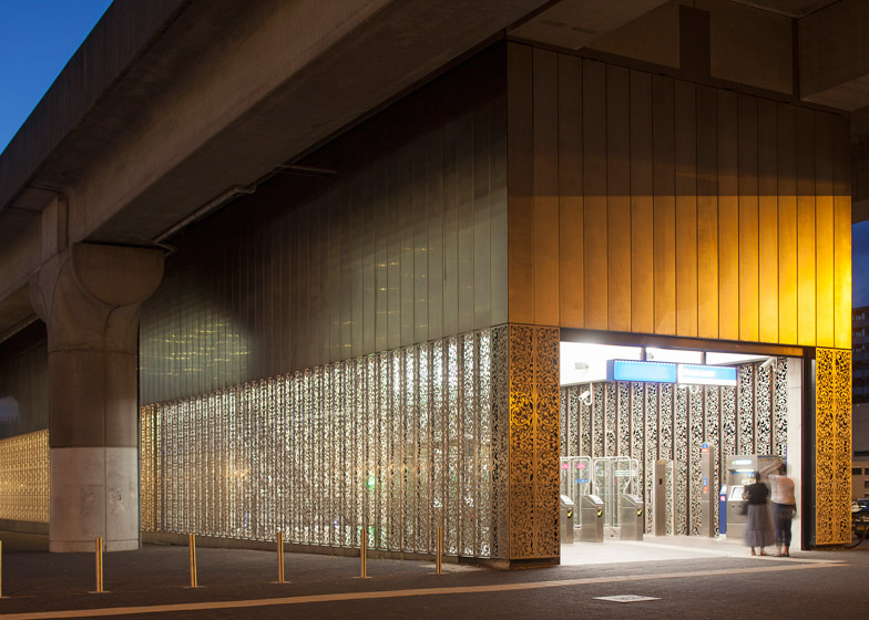 Metrostation Kraaiennest by Maccreanor Lavington
