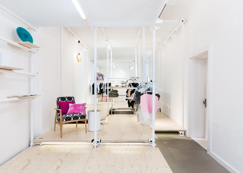 NO-WODKA-concept-store-in-Berlin-by-Kontent