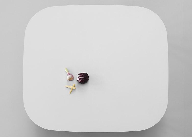 Sam table by Note Design Studio