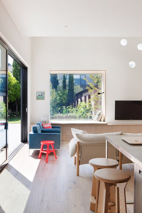 St Kilda East House by Clare Cousins Architects