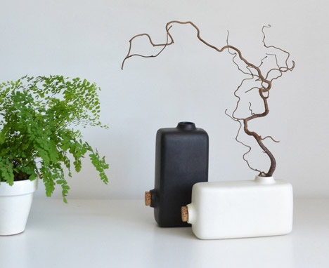 Vase Renverse by Paul Menand
