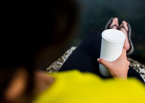 Vessyl cup by Yves Behar_dezeen_3