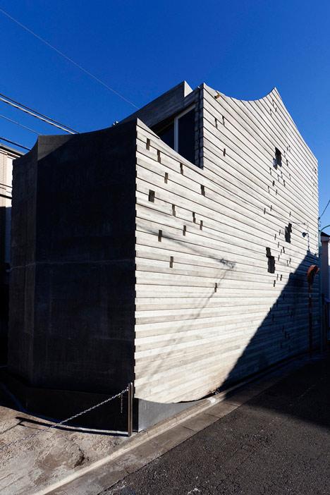 Wall of Nishihara by Masanori Kuwabara