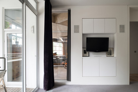 Warner-House-by-Inside-Out-Architecture