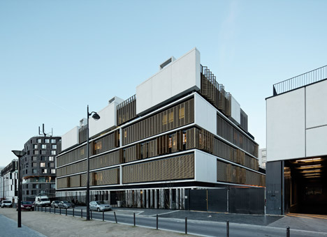 Welfare center for children and teenagers in Paris by Hessamfar and Verons
