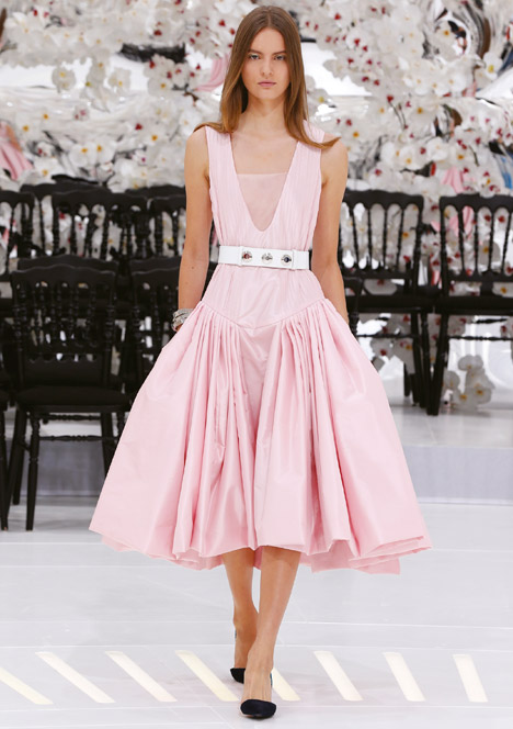 Dior 39 s feminine haute couture show is set against white for American haute couture designers