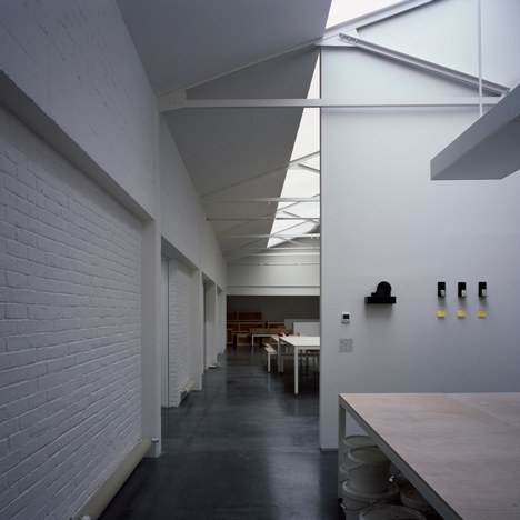 DSDHA creates light-filled warehouse studio and gallery for Edmund de Waal