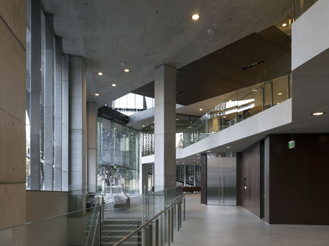 Faculty of Engineering by Denton Corker Marshall