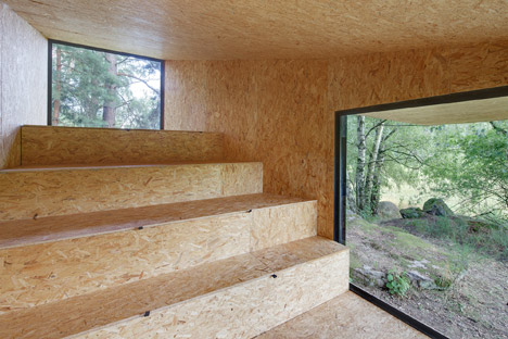 Forest Retreat by Uhlik Architekti