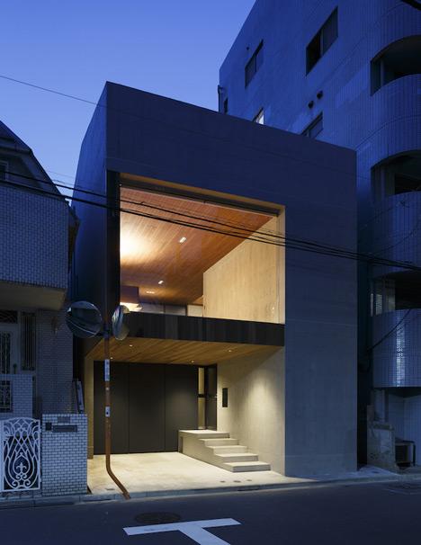 frame house by apollo