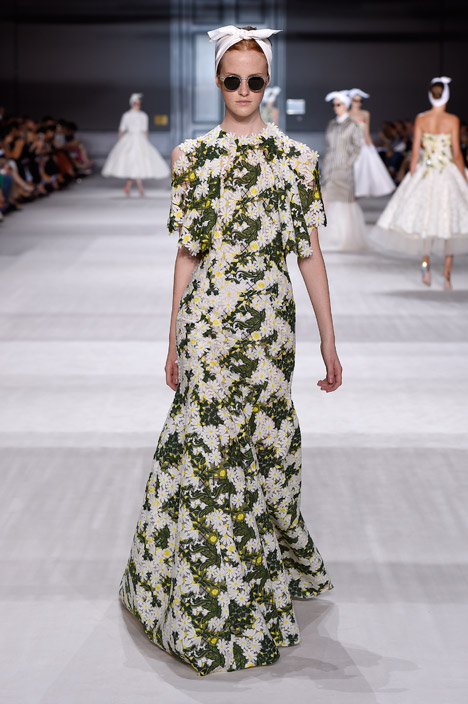 Giambattista Valli Haute Couture Autumn Winter 2014
