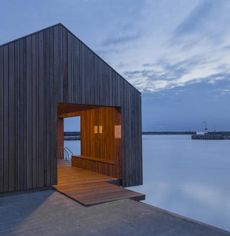 Hasle Harbour Bath by White Arkitetker