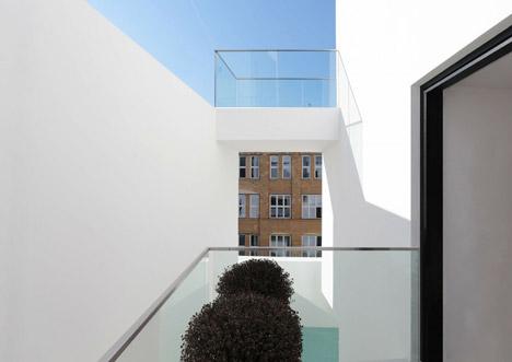 Berlin housing project by Atelier Zafari