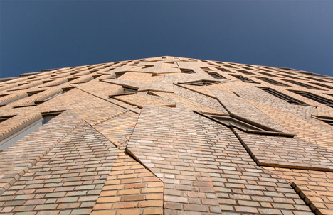 Housing project in Holland with integrated brick artwork in facade