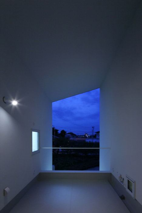 KHT-house-by-IRA_dezeen_468_34