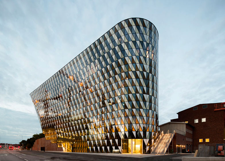 Karolinska Institutet auditorium by Wingardhs