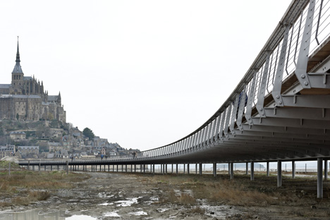 Mont Saint Michel_dezeen_1