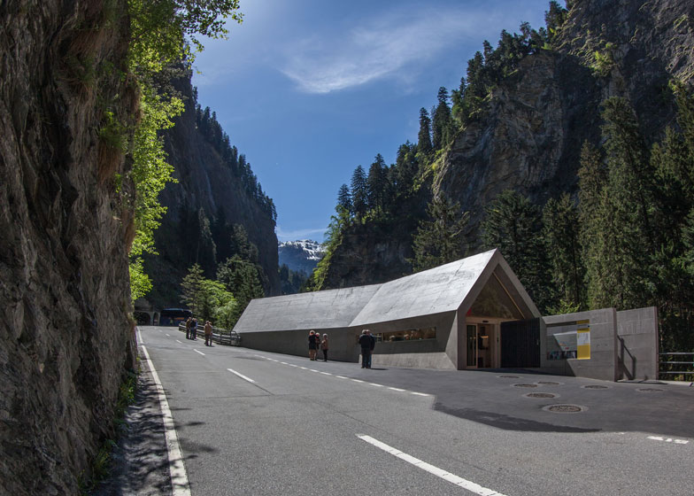Concrete visitor centre by Iseppi/Kurath looms over an Alpine gorge