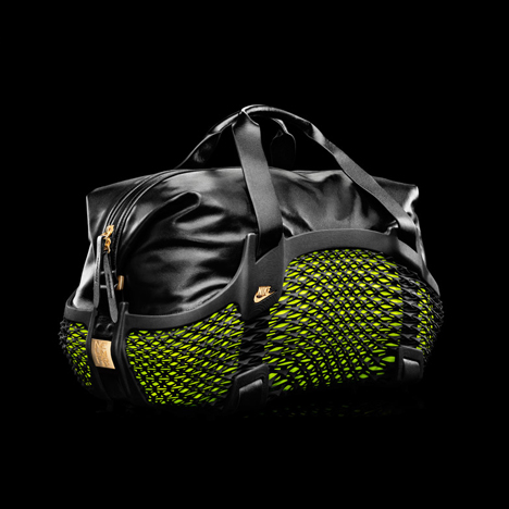 Nike Football Rebento 3D-printed bag
