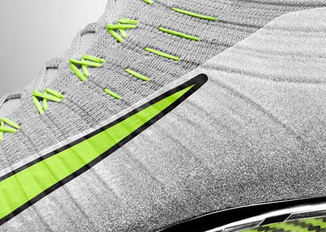 Nike Vapor Ultimate studded cleats
