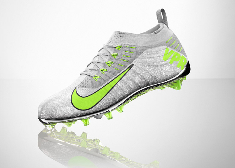 131958e82471 Nike combines Flyknit and 3D-printing for American football boots