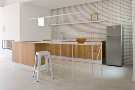 Rocha Apartment by Colombo and Serboli Architecture